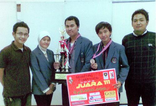 HMJ Manajemen Juara Marketing Competition