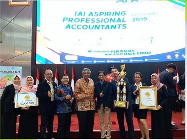 Mahasiswa S-1 Akuntansi Juara 4 dalam APA CHAMPION 2019
